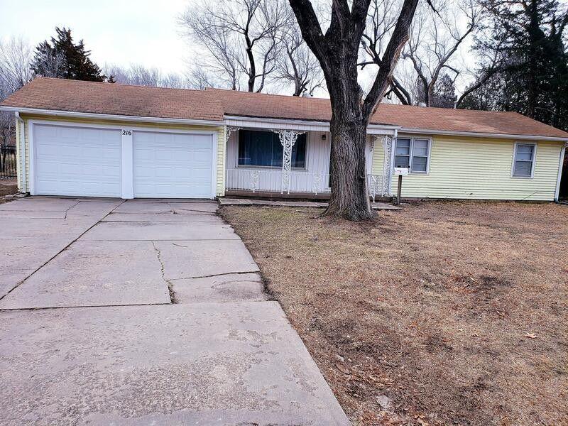 216 N Tyler Rd Wichita, KS 67212