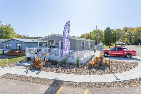 6605 State Route 5, Ravenna, OH 44266