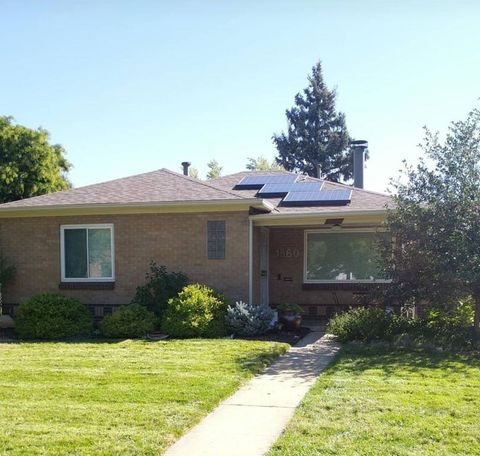 Photo of 1560 Roslyn St, Denver, CO 80220
