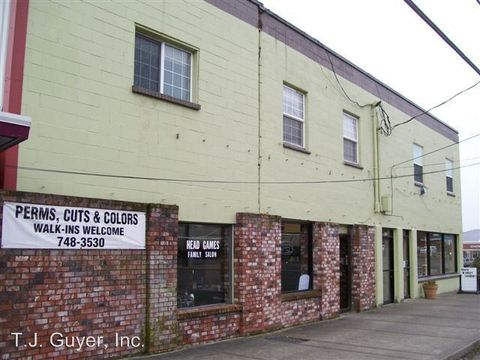 Photo of 811 S Market Blvd, Chehalis, WA 98532