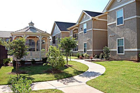 Photo of 1001 Redwood Ave, Wichita Falls, TX 76301