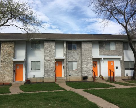 Photo of 8815 Dawnridge Cir, Austin, TX 78757