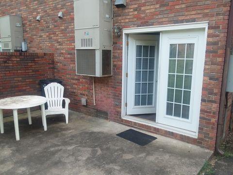 Photo of 453 Eastley Ct, Kingsport, TN 37660
