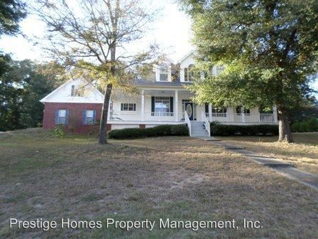 40 Oak Lake Pl, Enterprise, AL 36330