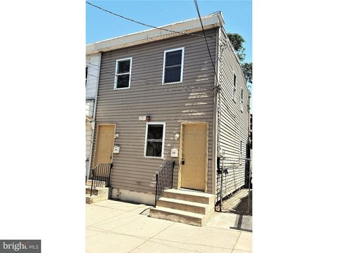 Photo of 411 Market St, Gloucester City, NJ 08030