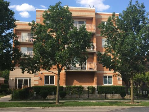 Photo of 6463 N Northwest Hwy Apt 204, Chicago, IL 60631
