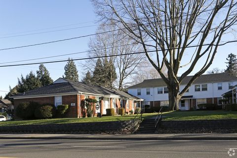 Photo of 3904-4014 Se 39th Ave, Portland, OR 97202