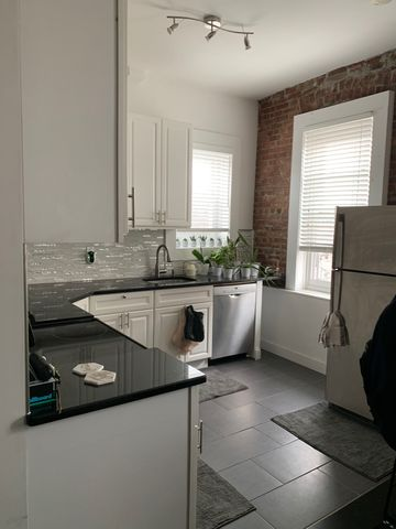 Photo Of 320 Cortelyou Rd Brooklyn Ny 11218 Apartment For Rent