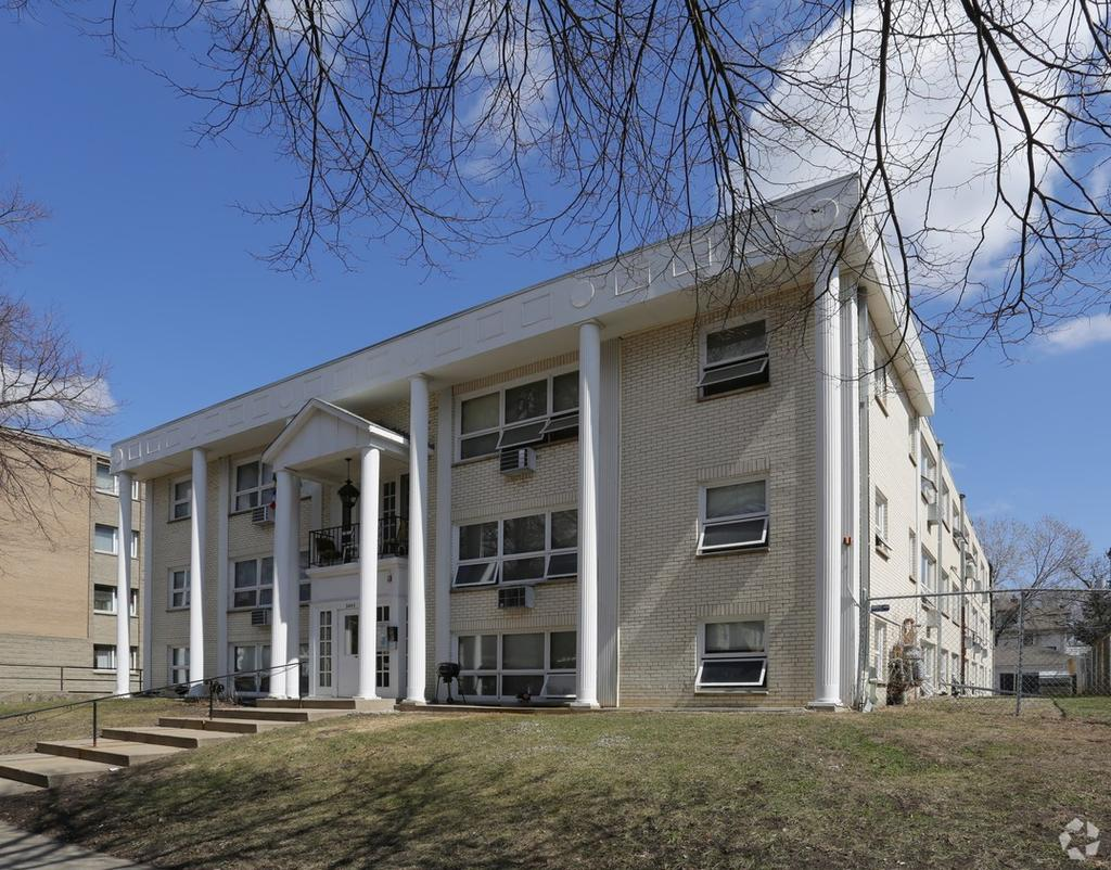 Studio Apartment University Of Minnesota university of minnesota housing | uloop