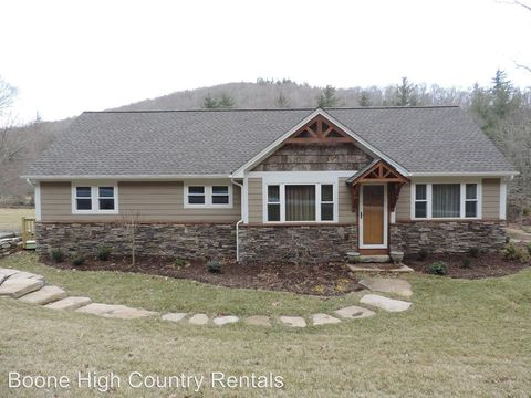 Photo of 918 Aho Rd, Blowing Rock, NC 28605