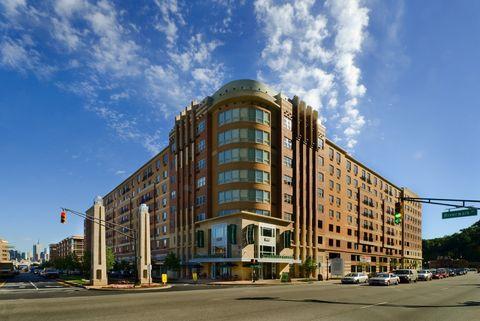 Photo Of 55 Riverwalk Pl West New York Nj 07093 Apartment For Rent