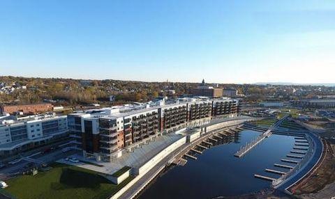 Photo of 221 Harborside Dr, Schenectady, NY 12305