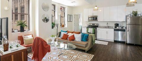 20 Beacon Way, Jersey City, NJ 07304. Apartment for Rent