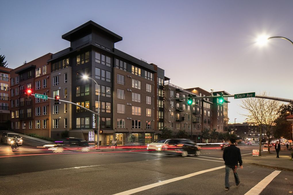 10575 Main St, Bellevue, WA 98004