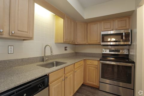 Photo Of 219 Sugartown Rd Wayne Pa 19087 Apartment For Rent