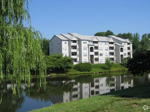 Photo of 100 Waterside Ter, Stafford, VA 22554
