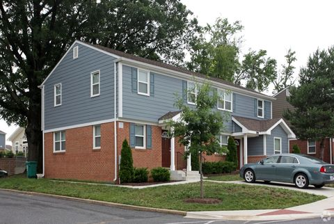 Photo of 250 Croll Dr, Annapolis, MD 21401