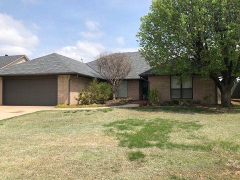 Photo of 12824 Burlingame Ave, Oklahoma City, OK 73120