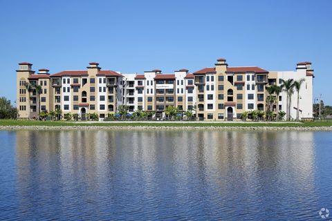 3801 Crystal Lake Dr, Deerfield Beach, FL 33064