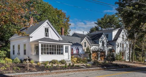Photo of 2 Town Landing Classic Maine Cottage Rd Unit 1, Falmouth, ME 04105