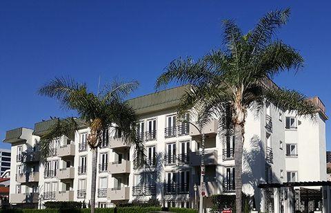 230 S Hamilton Dr, Beverly Hills, CA 90211