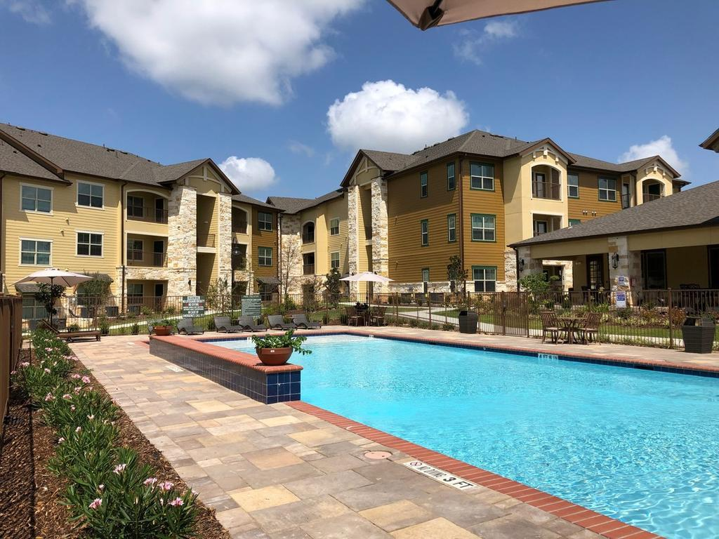 The West Hill Apts 149 Col Etheredge Blvd Apartment For Rent