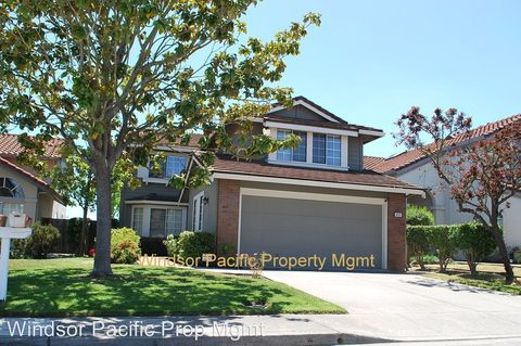 6657 Crestwood Dr, Castro Valley, CA 94552