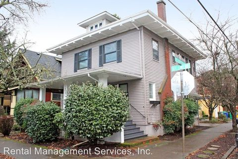 Photo of 1902 Ne 12th Ave # A, Portland, OR 97212