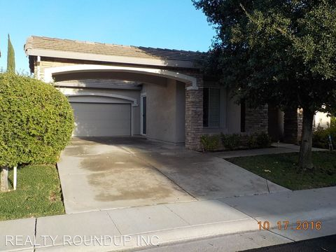 9861 Burrowing Owl Way, Elk Grove, CA 95757
