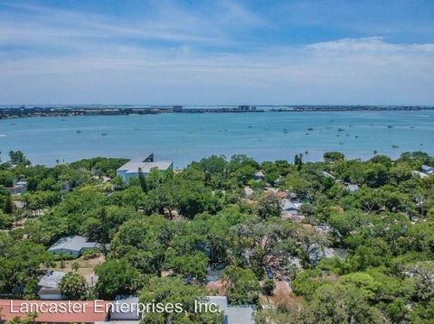 Photo of 5040 29th Ave S, Gulfport, FL 33707