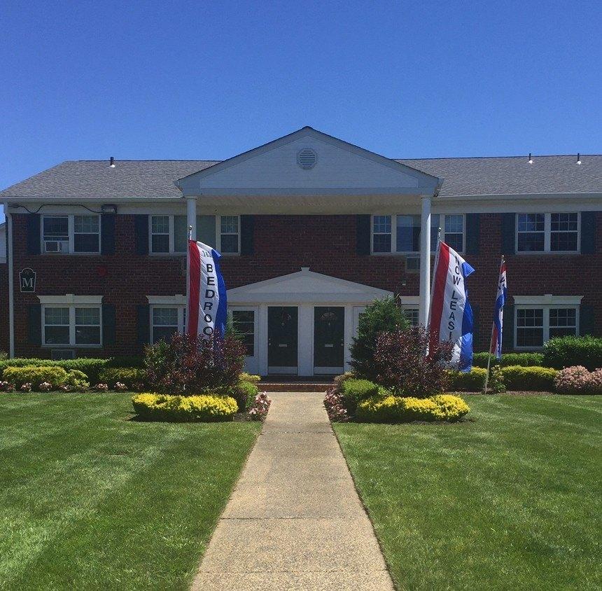 Windsor Arms Apartments: Cranbury, NJ Apartments For Rent
