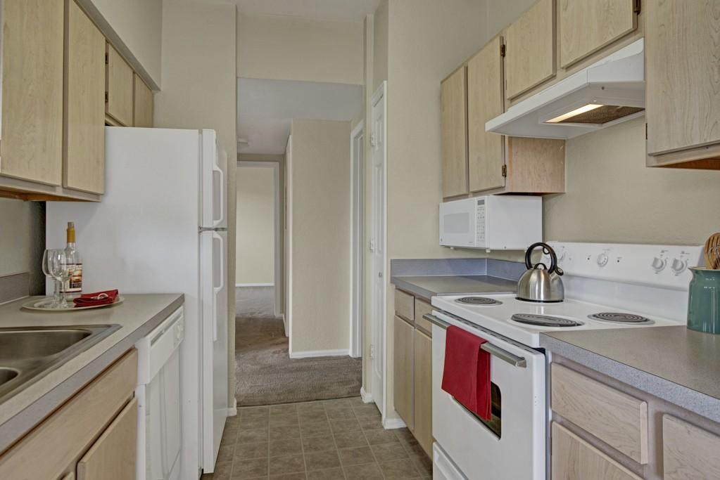 Colorado springs co apartments for rent for Colorado house