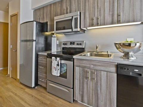 5240 University Way Ne, Seattle, WA 98105. Apartment For Rent