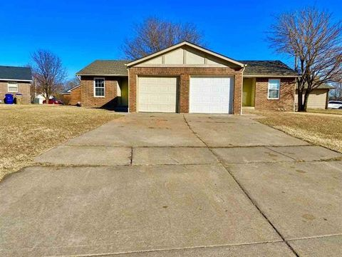 Photo of 1520 S Todd St, Wichita, KS 67207