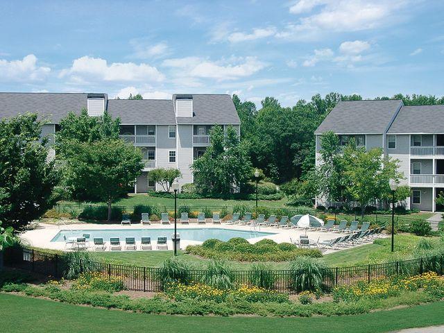 425 Willowdale Dr, Spartanburg, SC 29303