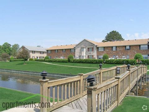 Photo of 2540 Holly Point Blvd, Chesapeake, VA 23325