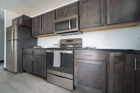 Waterloo, IA Apartments for Rent - realtor com®