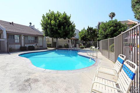 3137 W Ball Rd, Anaheim, CA 92804