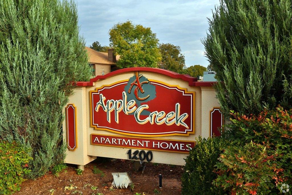 Apple Creek Apartments