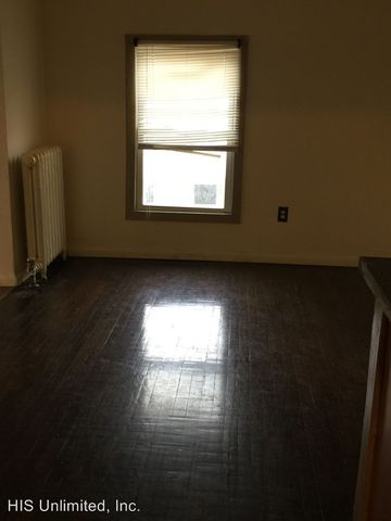 Photo Of 109 Guy Park Ave Amsterdam Ny 12010 Apartment For Rent