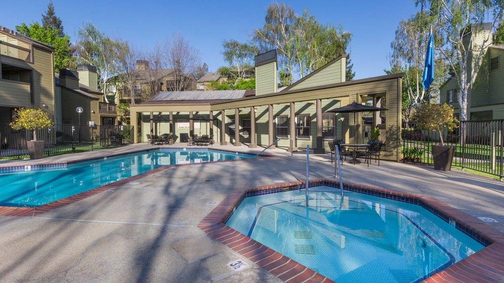 2850 Middlefield Rd, Palo Alto, CA 94306