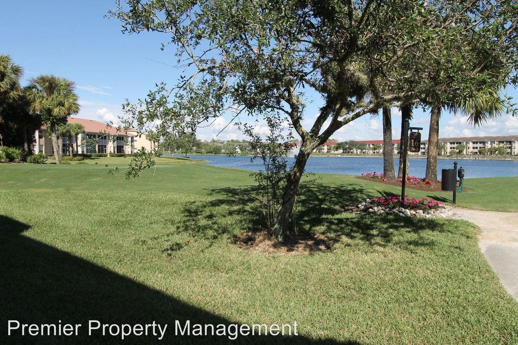 2780 Cypress Trace Cir Apt 2316, Naples, FL 34119