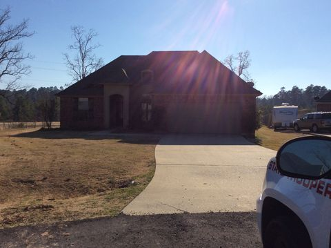 Photo of 4840 Sandtrap Cir, Shreveport, LA 71107