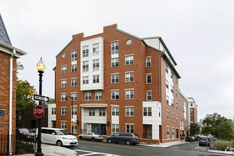 Photo Of 31 Liverpool St East Boston Ma 02128 Apartment For Rent