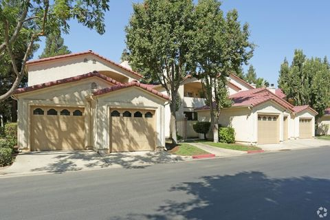 800 N Lovers Ln, Visalia, CA 93292