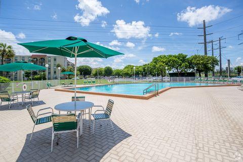 Photo of 8940 Nw 8th St, Miami, FL 33172