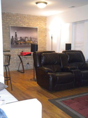 2342 W Granville Ave # 3, Chicago, IL 60659