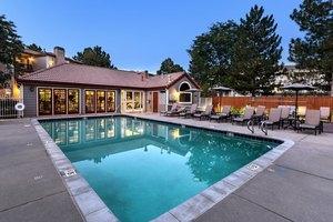 Apartments For Rent At Verdant Apartment Homes 4970 Meredith Way