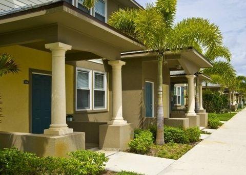 Photo of 1710 4th Ave N, Lake Worth, FL 33460