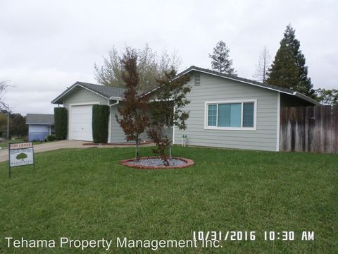 940 Otis Ct, Red Bluff, CA 96080